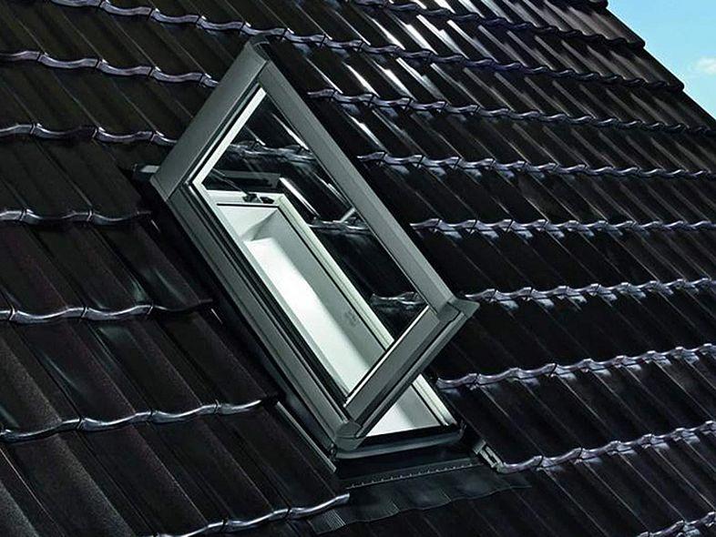 rolladen roto dachfenster roto dachfenster rolladen rollo defekt kurbel rollladen klemmt within. Black Bedroom Furniture Sets. Home Design Ideas